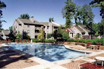 3100 North Elm Street 1-2 Beds Apartment for Rent Photo Gallery 1