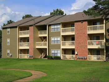 6277 Lake Arbor Drive 1-3 Beds Apartment for Rent Photo Gallery 1