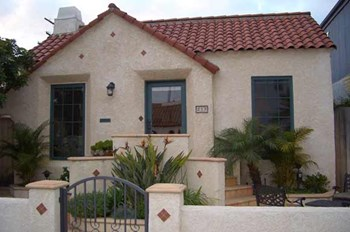 217 Santa Ana 2 Beds Apartment for Rent Photo Gallery 1