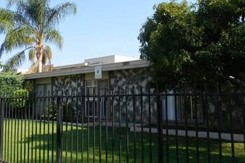 1324 W. Cerritos Ave. 2-3 Beds Apartment for Rent Photo Gallery 1