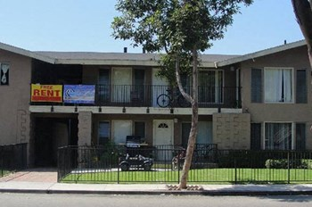 12881 Galway St. 1-2 Beds Apartment for Rent Photo Gallery 1