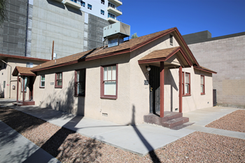 211-217 Hoover Ave Studio-2 Beds Apartment for Rent Photo Gallery 1
