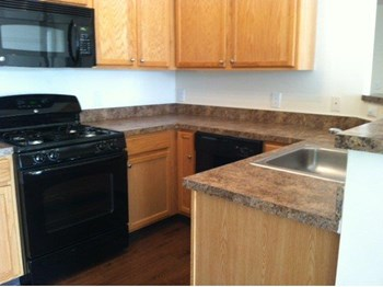 4700 Winterset Way 1-2 Beds Apartment for Rent Photo Gallery 1