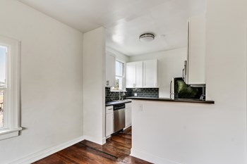 1461 W. Sunset Blvd Studio-1 Bed Apartment for Rent Photo Gallery 1