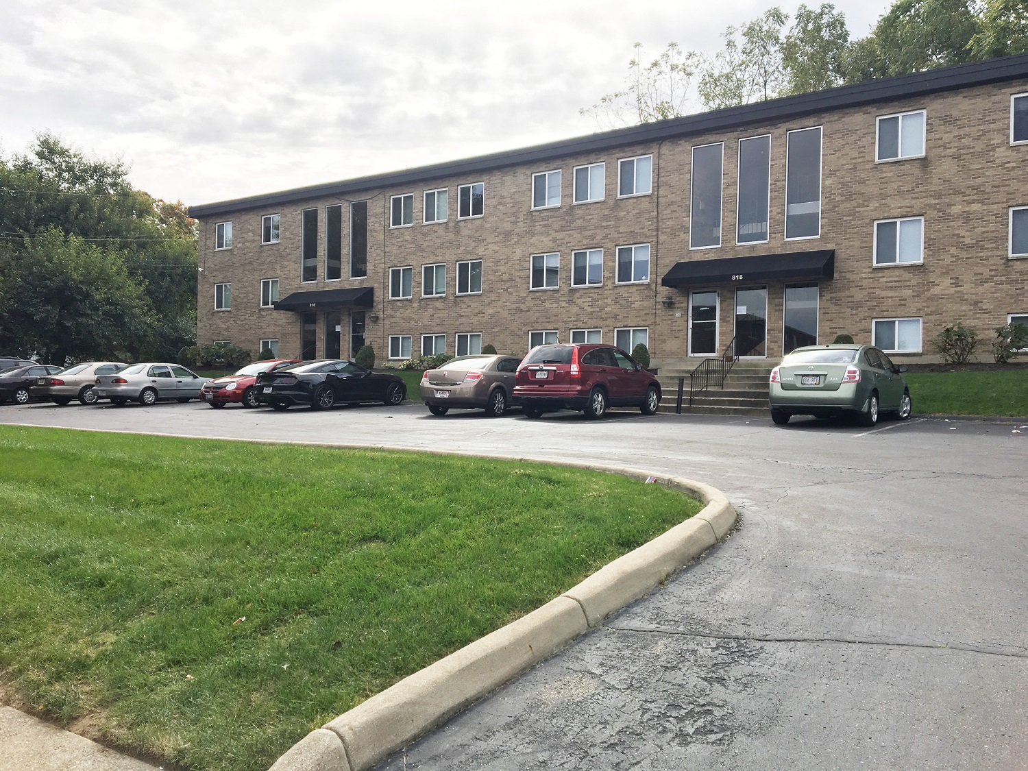 818 fourman court studio1 bed apartment for rent photo gallery 1 - 4 Bedroom Houses For Rent In Dayton Ohio