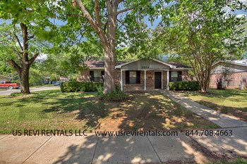 2874 Mims St. 4 Beds House for Rent Photo Gallery 1