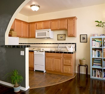 1026-1036 Sanborn Avenue Studio-1 Bed Apartment for Rent Photo Gallery 1