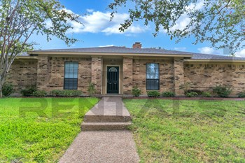 5610 Vinewood Dr. 4 Beds House for Rent Photo Gallery 1