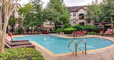 8585 Woodway Drive 1-3 Beds Apartment for Rent Photo Gallery 1