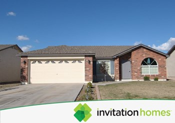 4526 E Meadow Land Dr 3 Beds House for Rent Photo Gallery 1