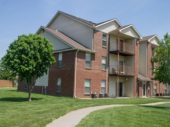 705 Folsom Lane 1-3 Beds Apartment for Rent Photo Gallery 1
