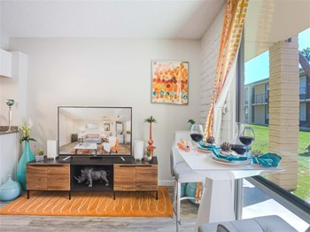 5900 E Thomas Rd Studio-2 Beds Apartment for Rent Photo Gallery 1