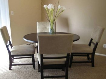 6449 Miller St 1-2 Beds Apartment for Rent Photo Gallery 1