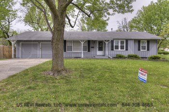 13520 Lowell Ave. 3 Beds House for Rent Photo Gallery 1