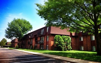 36420 Union Lake Road 1-2 Beds Apartment for Rent Photo Gallery 1