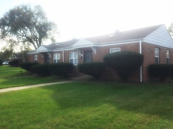 2305 Waverly Drive 1-3 Beds Apartment for Rent Photo Gallery 1