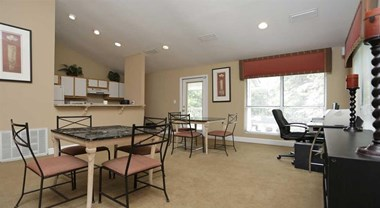 300 Riverside Parkway 1-3 Beds Apartment for Rent Photo Gallery 1