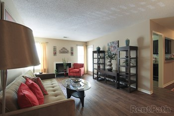 100 Wild Circle 1-2 Beds Apartment for Rent Photo Gallery 1