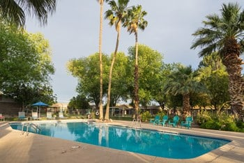 1801 S. Cutler Dr 1-2 Beds Apartment for Rent Photo Gallery 1
