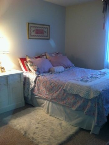 10837 - 117 Street 1-2 Beds Apartment for Rent Photo Gallery 1