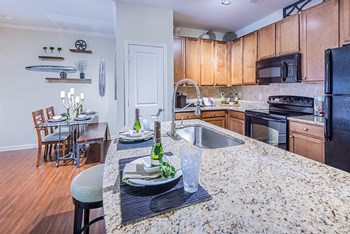 4110 Verde Vista Circle 1-3 Beds Apartment for Rent Photo Gallery 1