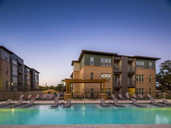 3203 North Loop 1604 E 1-4 Beds Apartment for Rent Photo Gallery 1