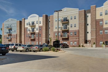 810 S. Roanoke Studio-4 Beds Apartment for Rent Photo Gallery 1