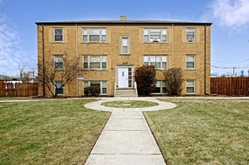 9520-28 S. Troy 1-2 Beds Apartment for Rent Photo Gallery 1
