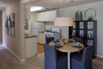 4700 Arbor Drive 1-3 Beds Apartment for Rent Photo Gallery 1