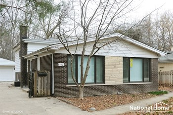 140 Glenview Rd. 3 Beds House for Rent Photo Gallery 1