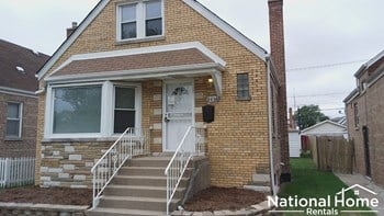 8026 S. Troy Street 4 Beds Apartment for Rent Photo Gallery 1