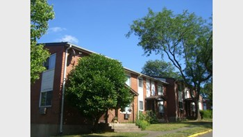 Stoneycrest Drive 1-3 Beds Apartment for Rent Photo Gallery 1