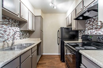 1301 West Wheatland Road 1-3 Beds Apartment for Rent Photo Gallery 1