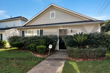 20940 Patriot Park Ln. 3 Beds House for Rent Photo Gallery 1