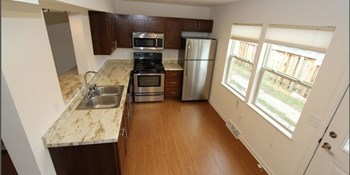 5302 Brody Drive 1-2 Beds Townhouse for Rent Photo Gallery 1