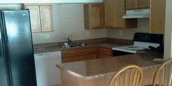 1202 Main Street 2 Beds Apartment for Rent Photo Gallery 1