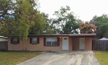 1201 Selma Rd 4 Beds House for Rent Photo Gallery 1