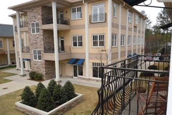 5836 Fayetteville Road, Ste 201 1-2 Beds Apartment for Rent Photo Gallery 1