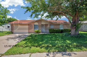 1546 Willowbrook St. 3 Beds House for Rent Photo Gallery 1