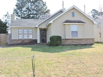4308 Rosswood St 3 Beds House for Rent Photo Gallery 1