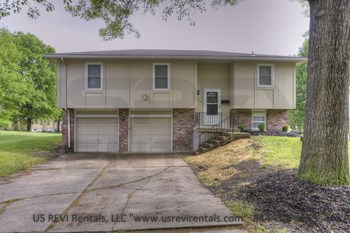 7909 Sunset Cir. 3 Beds House for Rent Photo Gallery 1