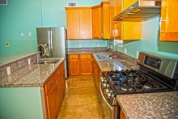1671-1677 Park Ave. 1-2 Beds Apartment for Rent Photo Gallery 1