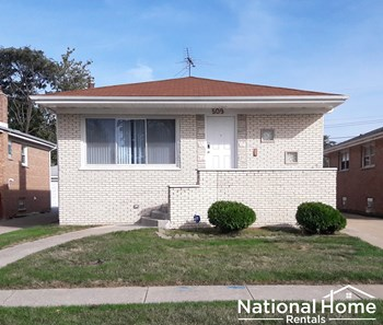 509 Yates Avenue 4 Beds House for Rent Photo Gallery 1