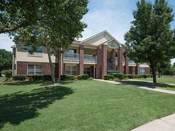 13600 E. 84th Street North 1-2 Beds Apartment for Rent Photo Gallery 1