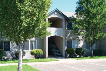 2675 NE Lancaster St. 2 Beds Apartment for Rent Photo Gallery 1