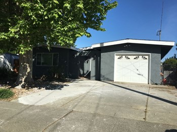 126 Los Altos 4 Beds House for Rent Photo Gallery 1