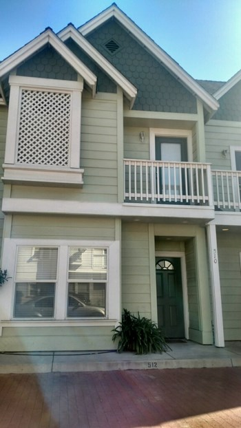 510 Hayley 2 Beds Apartment for Rent Photo Gallery 1