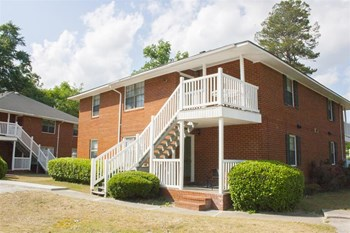 132-A Cedar Lane 2 Beds Apartment for Rent Photo Gallery 1