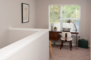 2448 Winnetka Ave N Studio-3 Beds Apartment for Rent Photo Gallery 1