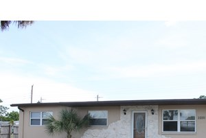 22151 Lasalle Rd Port Charlotte, FL 33952 3 Beds House for Rent Photo Gallery 1